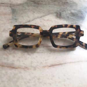 Glasses readers
